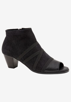 Maris Bootie by Trotters,