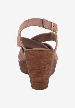 49554ed45904 Wide Width Women s Shoes by Bella Vita