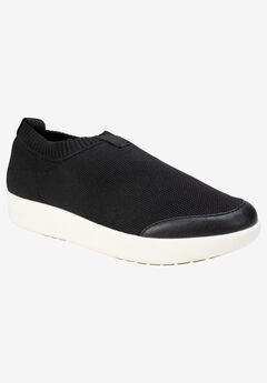 Brexley Sneaker by Cliffs by White Mountain,
