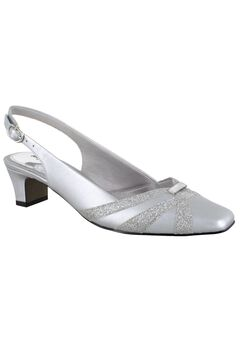 Pilar Pumps by Easy Street,
