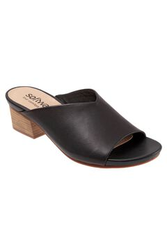 Parker Sandals by Softwalk,