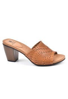 Sherman Heels by White Mountain,