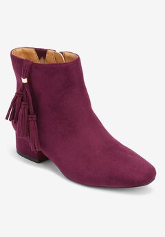 The Tegan Bootie by Comfortview®,