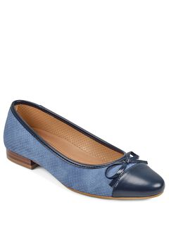 Outrun Flat by Aerosoles®,