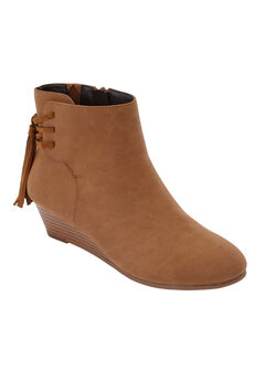 57abae305d9b The Evalyn Bootie by Comfortview®