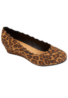 The Costello Pump by Comfortview®, ANIMAL