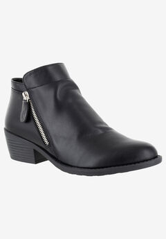 Gusto Bootie by Easy Street,