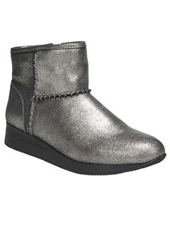 Julian Booties by Naturalizer®,