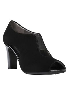 Carla Wedge by LifeStride,