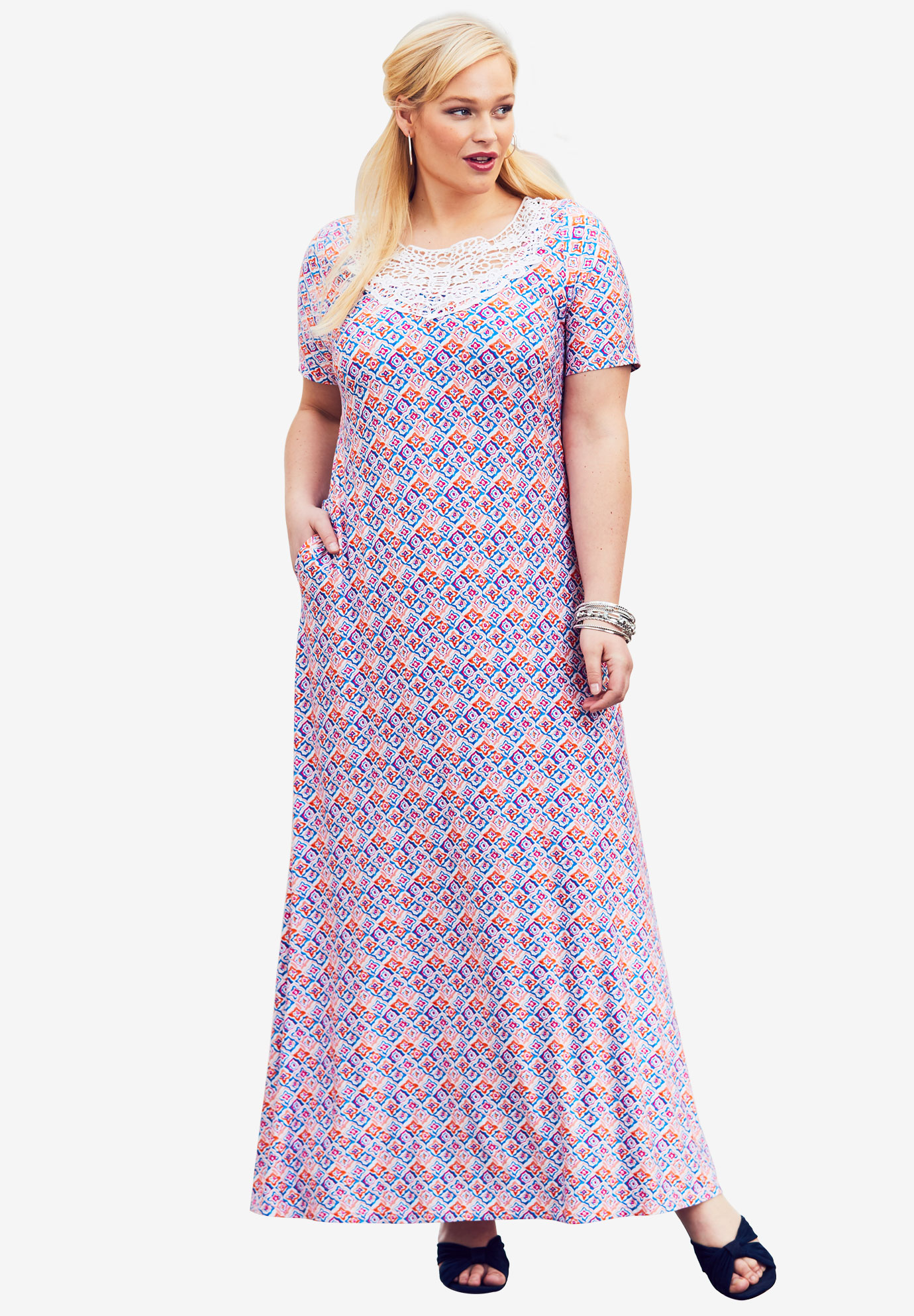 8254e2e910 Applique Maxi Dress