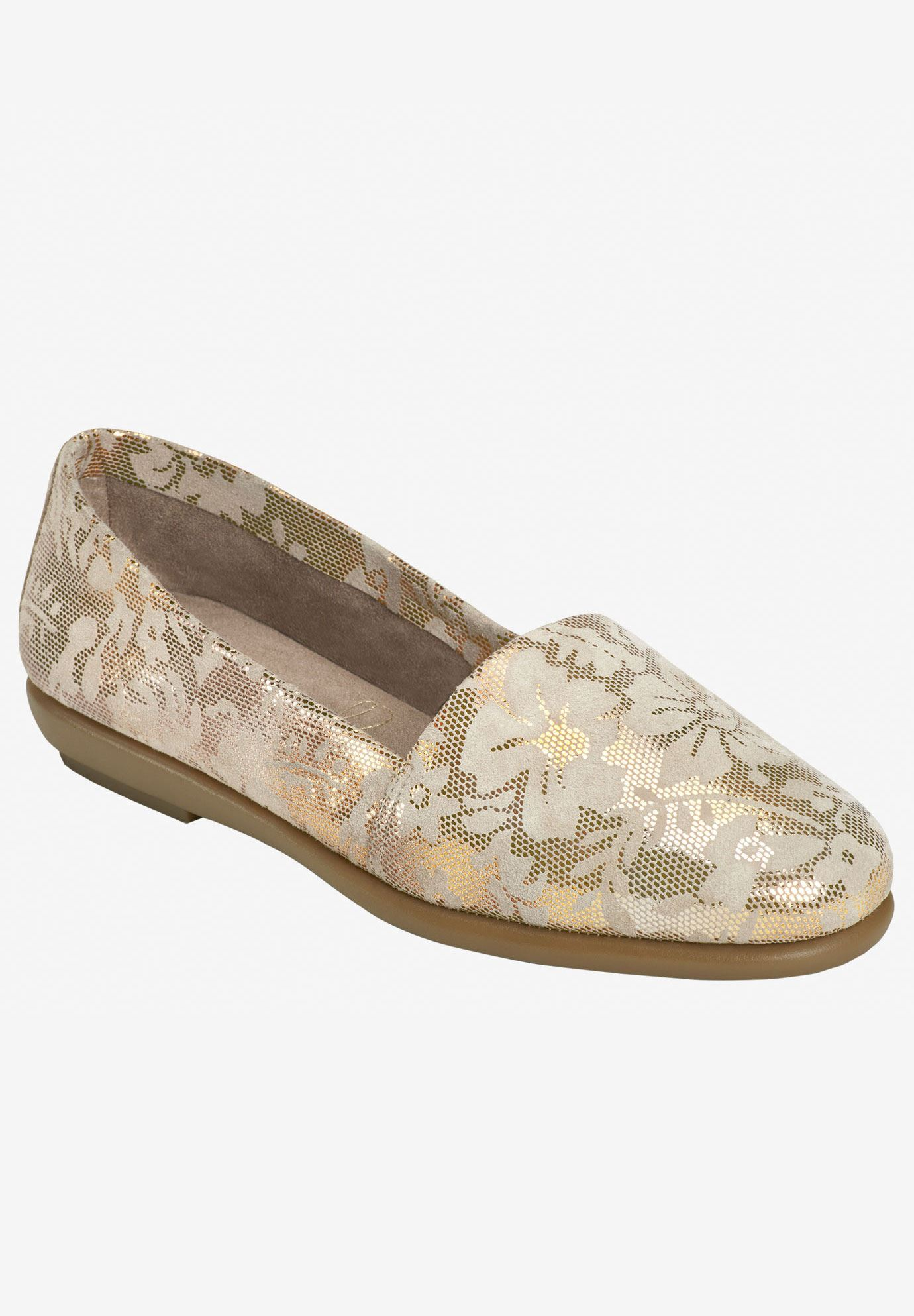 Ms Softee Flat by Aerosoles®,